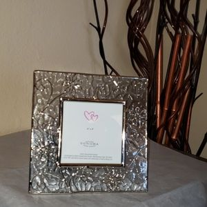 """Sonoma Home Goods Glass Picture Frame  7""""x7"""""""